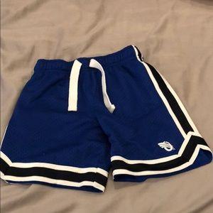 🍎 Osh Kosh 3t Athletic Shorts 🍎